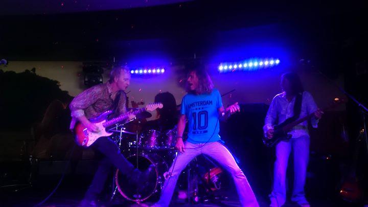 Bourbon Street LIVE at Airlie Beach Music Festival