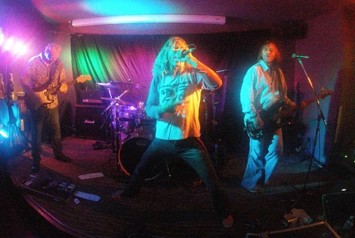 BOURBON STREET – LIVE @ The Slippway Hotel, Ballina